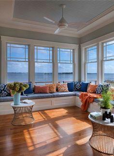Desain Ruang Tamu Sederhana Ala Coastal Cottage